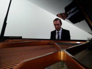 massimo moi - 2004 consulenza musicale