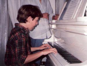 massimo moi - 1992 bambino suona il piano